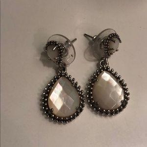Kendra Scott Jewelry - Kendra Scott pearl drop earrings
